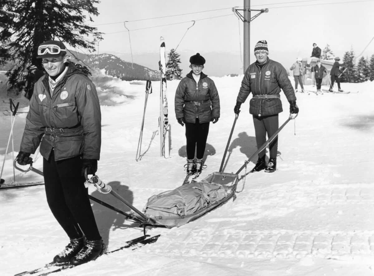 Volunteer Ski Patrolers